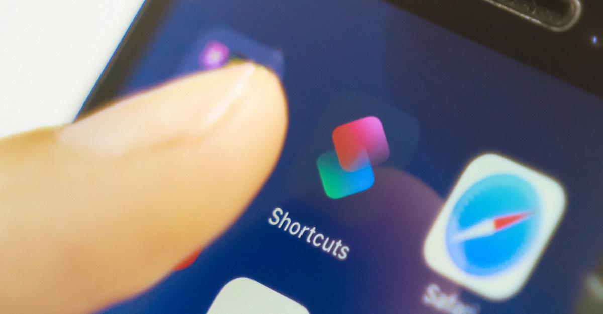 Google permite que usuários de iPhone conduzir pesquisas pela Siri